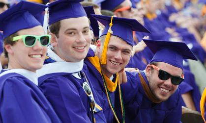 JMU students at commencement