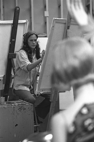 1972 art student painting model