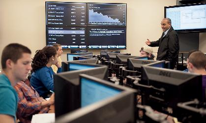 JMU students in the Capital Markets Lab