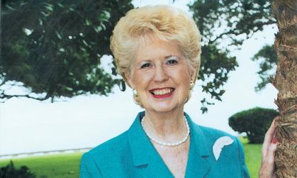 Gladys Kemp Lisanby ('49) received the Mississippi Governor's Award for Excellence in the Arts in recognition of her work with the National Museum of Women in the Arts.