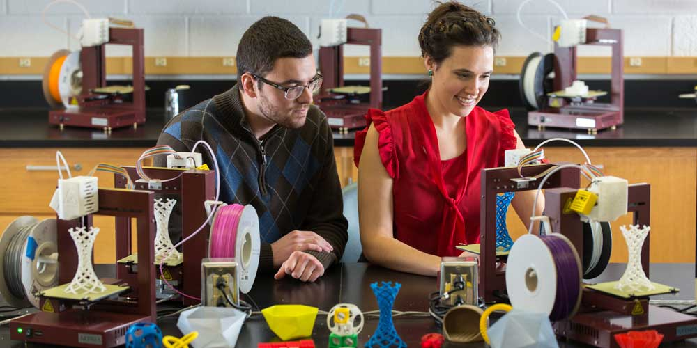 Eva Strawbridge and Jeff Kopsick in 3D printing lab