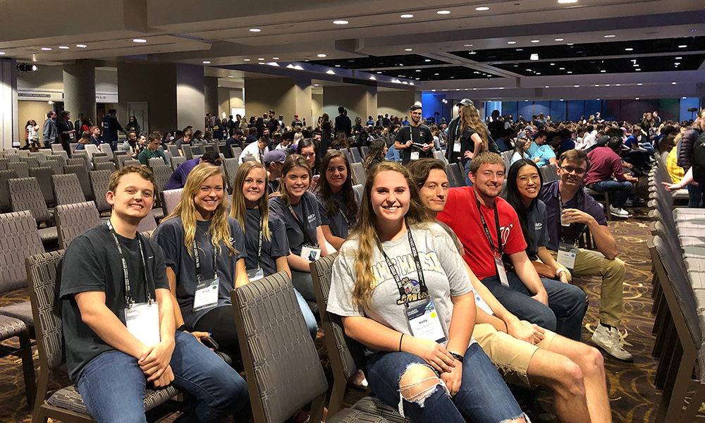 Students from JMU AMA chapter at 2019 AMA conference.
