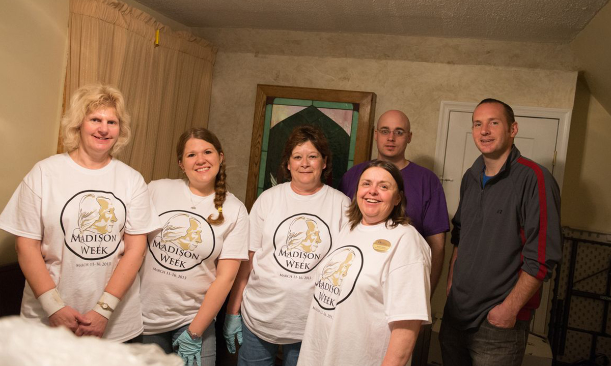 JMU employees donated their time to Mercy House during the Madison Week Day of Service.