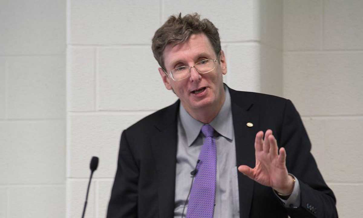 Curtis R. Carlson, president and CEO of SRI International, discusses the climate of innovation in America and SRI's innovation strategies Thursday in the Highlands Room at the Festival Conference and Student Center.