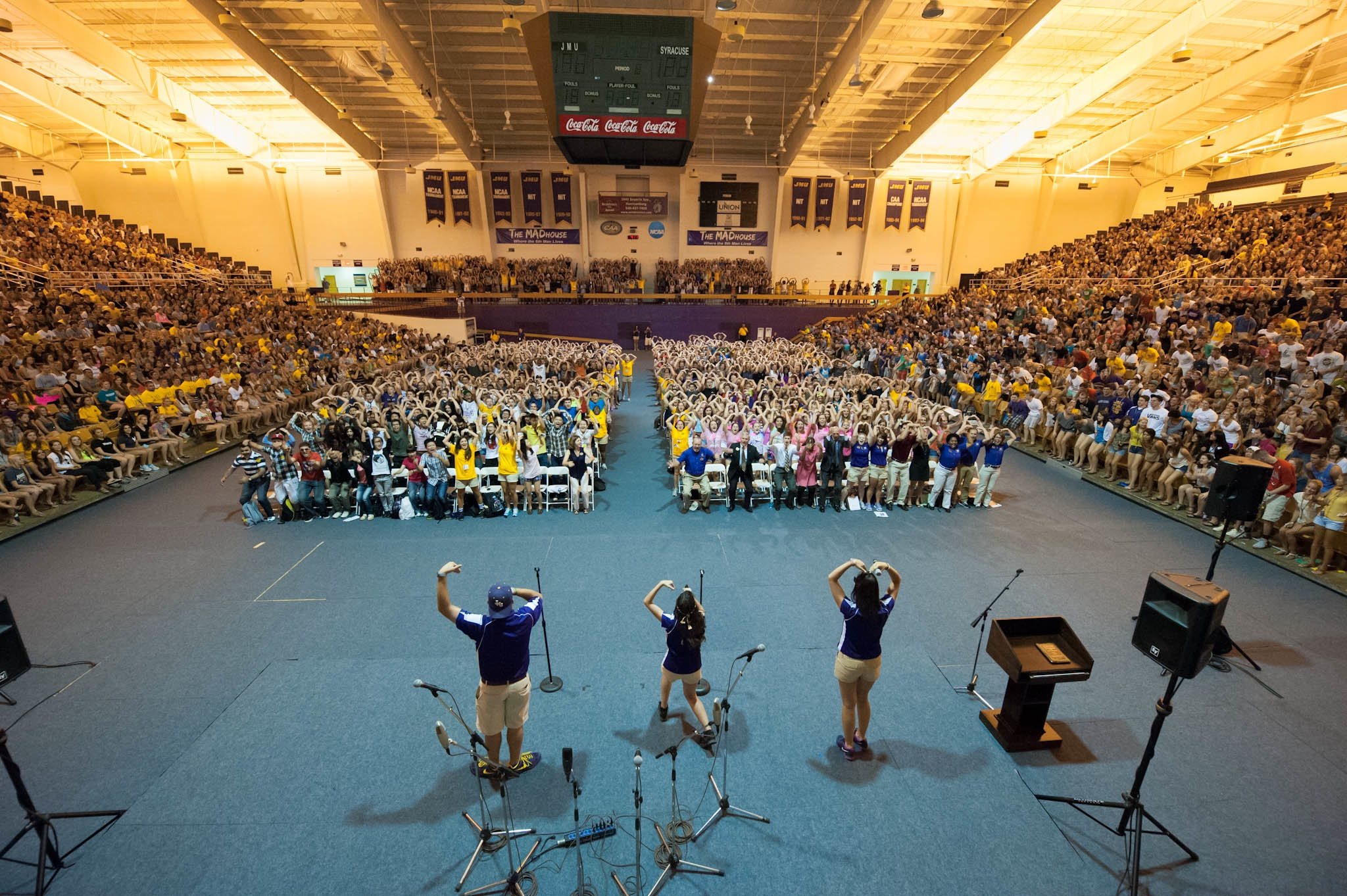4500 students in JMU Convocation Center, middle section making