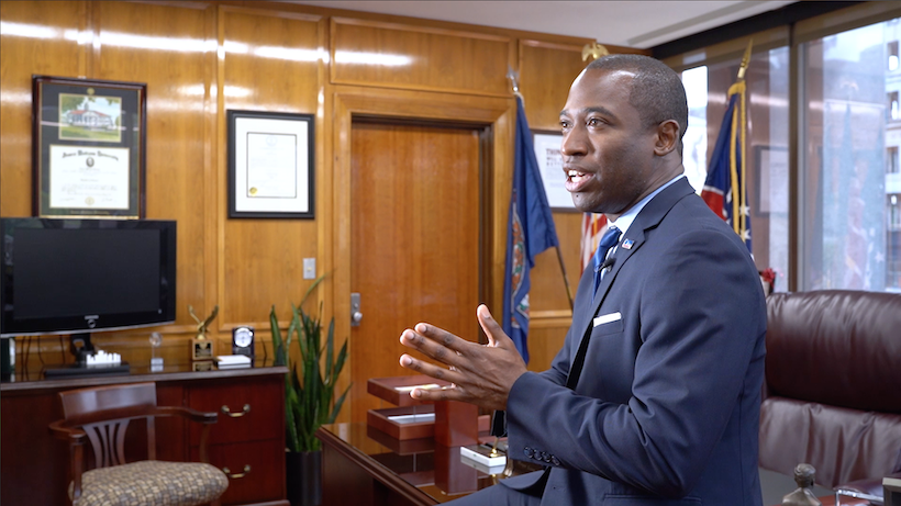 Levar Stoney (PPA & POSC, '04) chats about how his relationships with professors shaped his career plans.