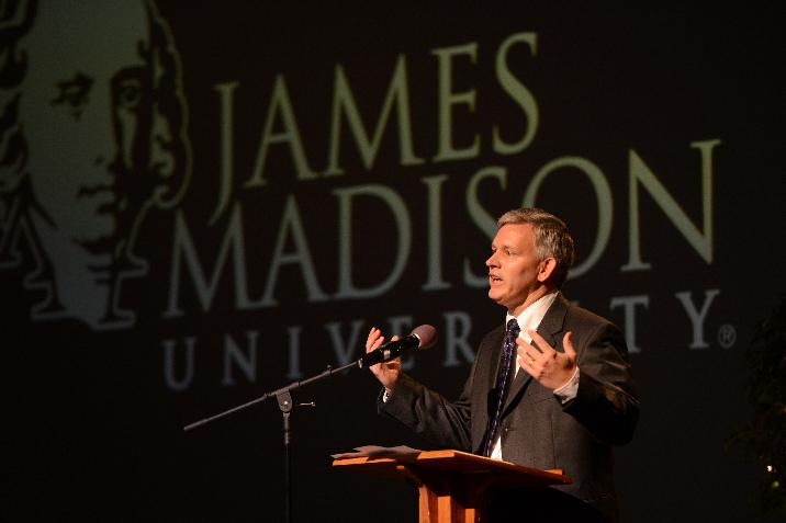 image named addressing-freshmen-at-summer-springboard-716x477.jpg, full URL site://JMU/_images/president/president-photos/addressing-freshmen-at-summer-springboard-716x477.jpg