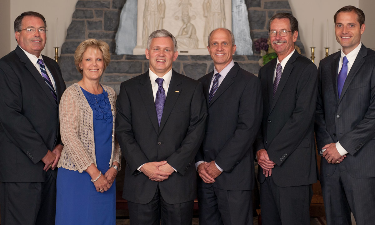 image named alger-and-senior-administration.jpg, full URL site://JMU/_images/president/president-photos/alger-and-senior-administration.jpg