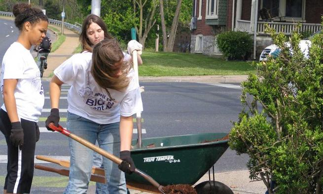 JMU students performing community service during The Big Event