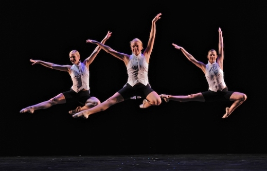 Contemporary Dance Ensemble