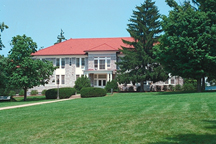 Alumnae Hall on the quad.