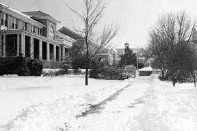 1970s snow on the Quad