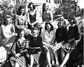 Students on the rock in 1940.