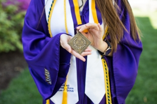 Honors College medallion