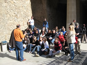 students at parque guell