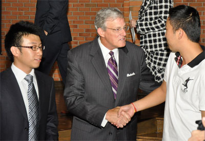 Dr. Rose meets with international students