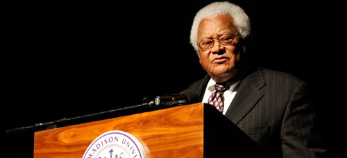 Rev. James Lawson lectures on nonviolance